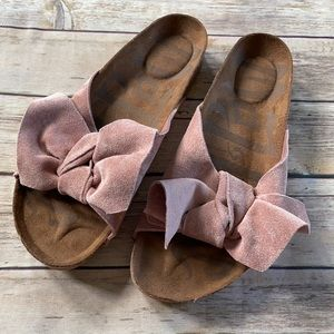 Mad Love Bow Slip On Sandals Pink